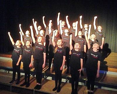 Witney Youth Choir re-starts THIS WEEK!