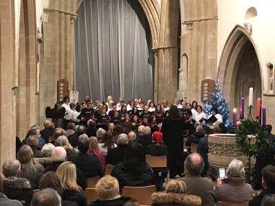 Witney Choir perform for Town Mayor