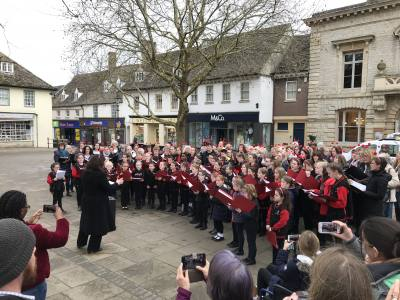 Witney choir sings live on BBC radio